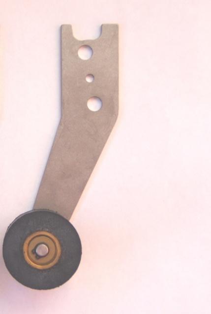 ABA283ANE1 – Folding door restrictor angle   Unitec Parts